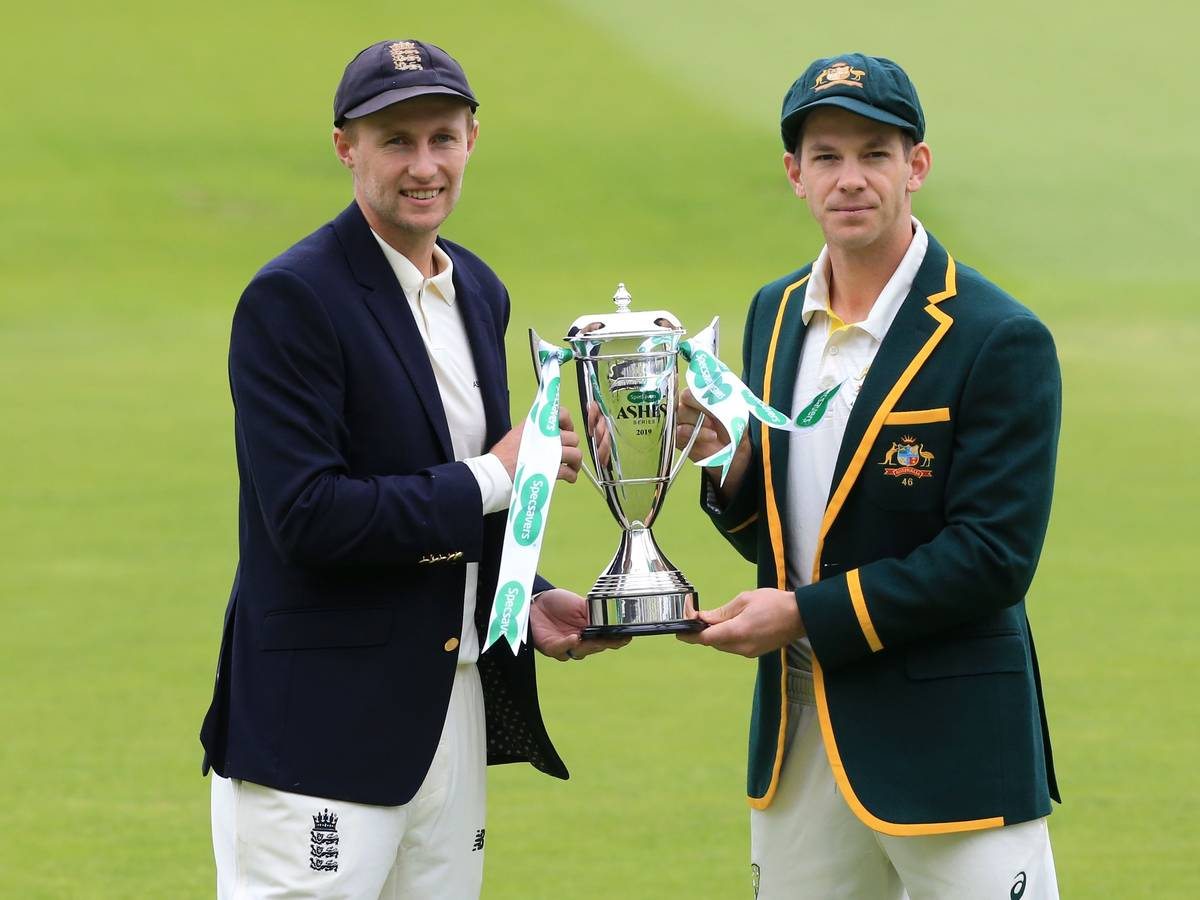 The Ashes- Trophy